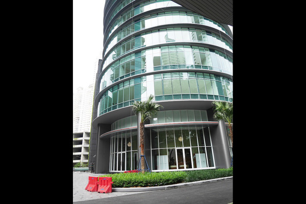 For Rent Condominium at Vortex Suites & Residences, KLCC Freehold Semi Furnished 2R/2B 3.2k
