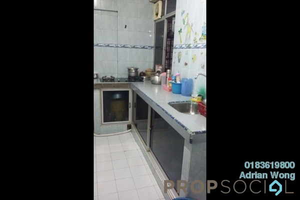 For Sale Apartment at Taman Sri Kuching, Jalan Ipoh Freehold Semi Furnished 3R/2B 200k