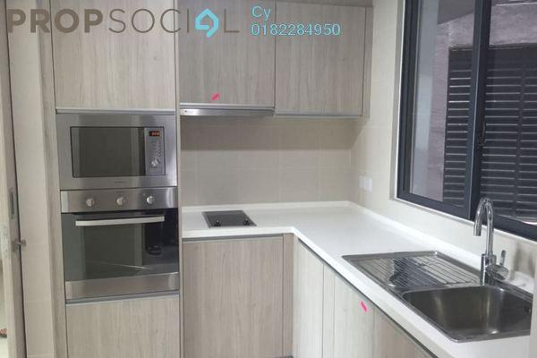 For Rent Condominium at AraGreens Residences, Ara Damansara Freehold Semi Furnished 2R/3B 2.6k