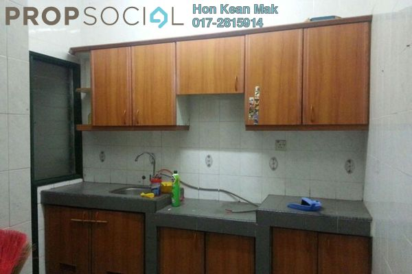 For Rent Terrace at PU10, Bandar Puchong Utama Freehold Semi Furnished 4R/3B 1.3k