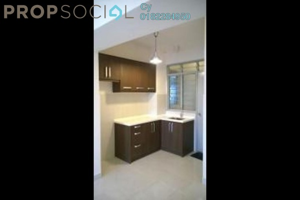 For Rent Condominium at Main Place Residence, UEP Subang Jaya Freehold Semi Furnished 2R/2B 1.3k