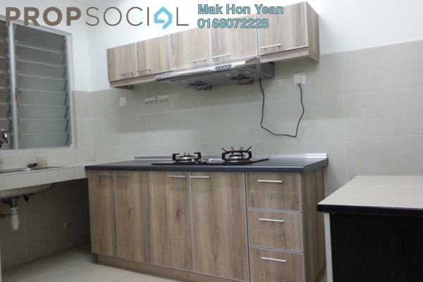 For Sale Apartment at Hijauan Puteri, Bandar Puteri Puchong Freehold Semi Furnished 3R/2B 430k