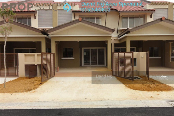 For Sale Terrace at New Green Park, Rawang Freehold Unfurnished 4R/3B 630k
