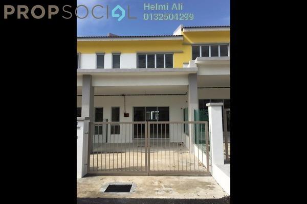 For Sale Terrace at Semenyih Parklands, Semenyih Freehold Semi Furnished 3R/3B 390k