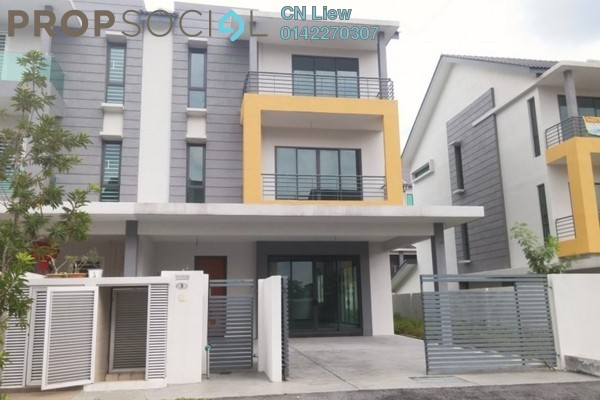 For Sale Semi-Detached at Mutiara Heights, Kajang Freehold Unfurnished 5R/4B 1.23m