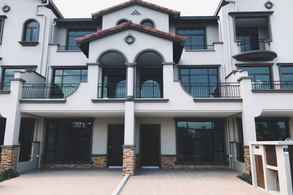 For Sale Terrace at Diamond City, Semenyih Freehold Unfurnished 3R/4B 750k