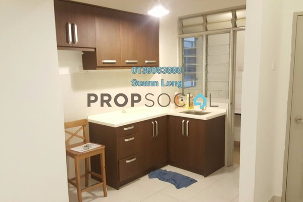For Rent Serviced Residence at Main Place Residence, UEP Subang Jaya Freehold Semi Furnished 2R/2B 1.3k