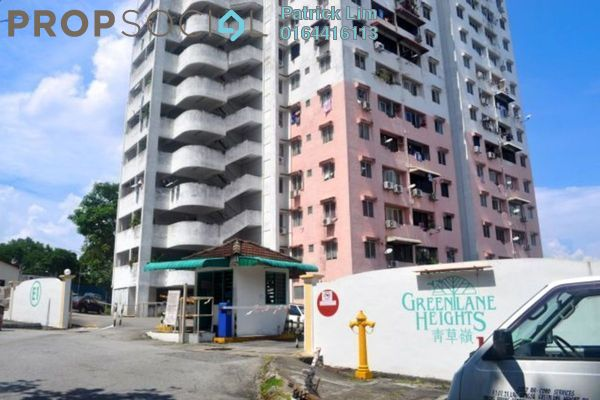 For Rent Condominium at Greenlane Heights, Green Lane Freehold Semi Furnished 3R/2B 700translationmissing:en.pricing.unit