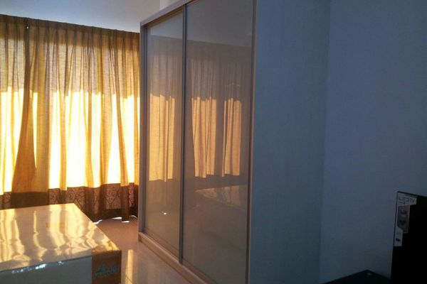 For Rent Condominium at Lagoon Residences, Kota Kemuning Freehold Semi Furnished 2R/2B 1.25k