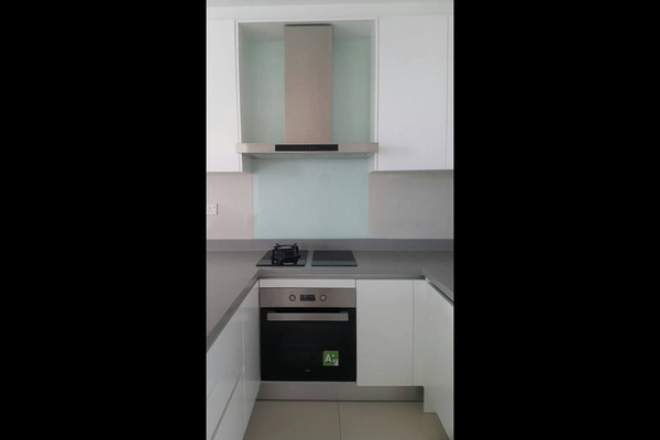 For Rent Condominium at Three28 Tun Razak, KLCC Freehold Semi Furnished 2R/2B 2.3k