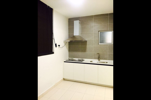 For Rent Condominium at Rimba Residence, Bandar Kinrara Freehold Semi Furnished 4R/3B 1.5k