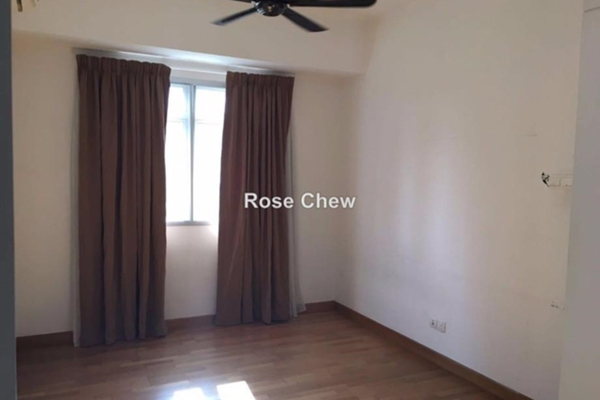 For Rent Condominium at Ceriaan Kiara, Mont Kiara Freehold Semi Furnished 3R/4B 3.3k