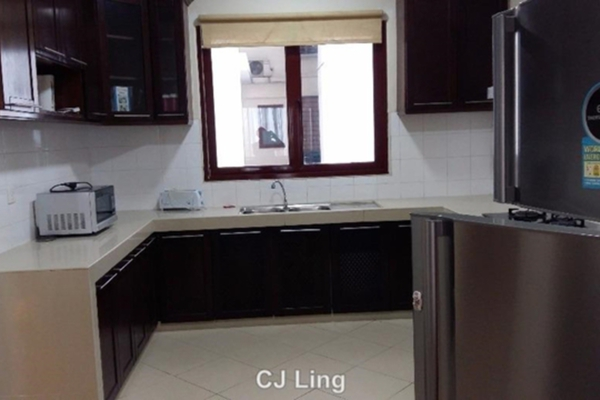 For Rent Condominium at Surian Condominiums, Mutiara Damansara Leasehold Semi Furnished 4R/4B 4.2k