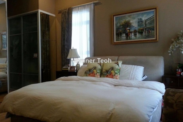 For Sale Condominium at Amaya Saujana, Saujana Freehold Semi Furnished 4R/4B 1.18m