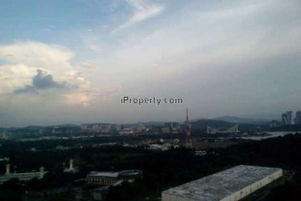 For Rent Condominium at Shaftsbury Square, Cyberjaya Leasehold Semi Furnished 1R/1B 1.4k