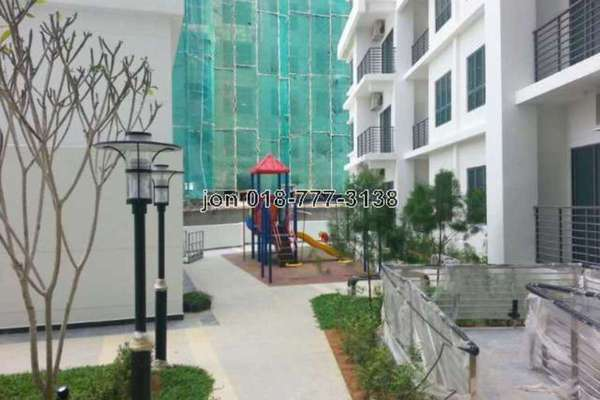 For Sale Condominium at DPulze, Cyberjaya Leasehold Semi Furnished 1R/1B 305k