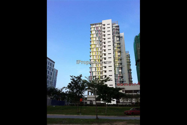 For Rent Condominium at The Domain, Cyberjaya Leasehold Semi Furnished 2R/1B 1.2k
