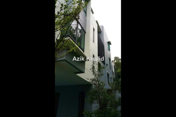 For Sale Bungalow at Country Heights Damansara, Kuala Lumpur Freehold Semi Furnished 6R/8B 11.9m