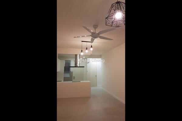 For Rent Condominium at Nova Saujana, Saujana Leasehold Semi Furnished 2R/2B 1.5k