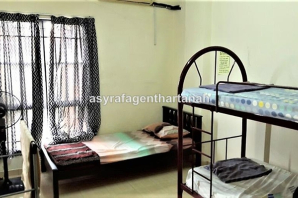 For Sale Apartment at Section 7, Shah Alam Leasehold Fully Furnished 3R/2B 330k