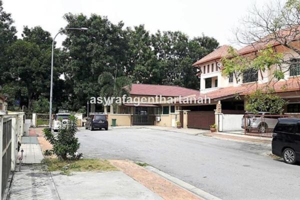 For Sale Semi-Detached at Bandar Nusa Rhu, Shah Alam Leasehold Semi Furnished 6R/5B 1.2m