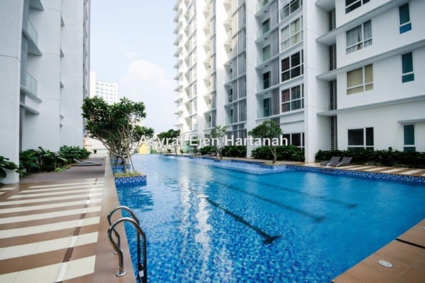 For Rent Serviced Residence at M Suites, Ampang Hilir Leasehold Semi Furnished 1R/2B 3k