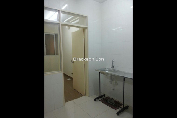 For Sale Condominium at Platinum Lake PV16, Setapak Leasehold Unfurnished 4R/2B 515k