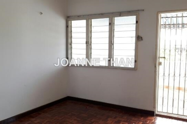 For Sale Terrace at Section 21, Petaling Jaya Freehold Unfurnished 3R/3B 828k