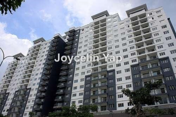 For Sale Condominium at Casa Idaman, Jalan Ipoh Leasehold Unfurnished 3R/2B 415k