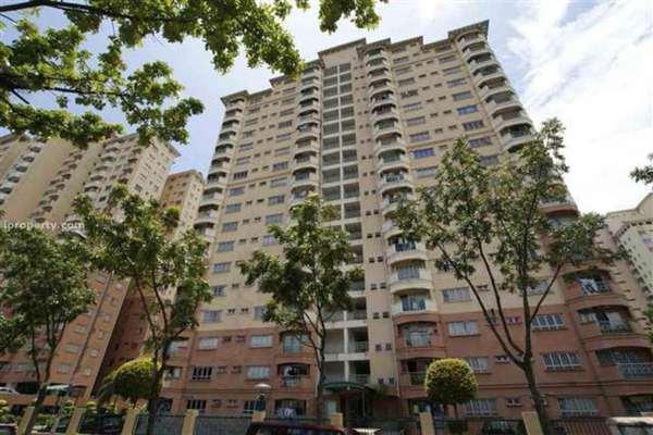 For Sale Condominium at Endah Ria, Sri Petaling Leasehold Semi Furnished 3R/2B 528k