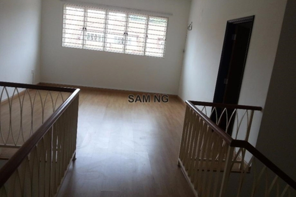 For Rent Terrace at Paragon Heights, Bandar Kinrara Leasehold Semi Furnished 5R/6B 1.9k