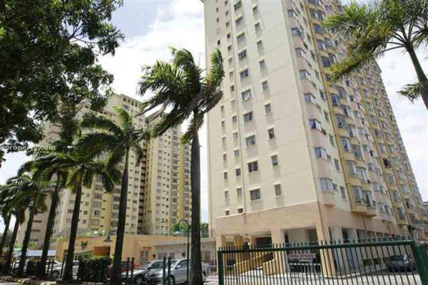 For Sale Condominium at Endah Regal, Sri Petaling Leasehold Semi Furnished 3R/2B 390k