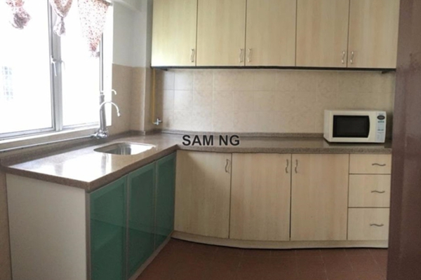 For Rent Condominium at Petaling Indah, Sungai Besi Leasehold Semi Furnished 3R/2B 1k