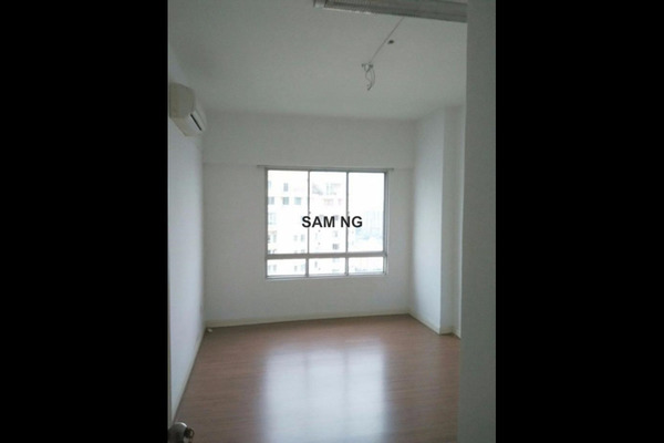 For Sale Condominium at Selayang 18, Selayang Leasehold Semi Furnished 3R/2B 520k