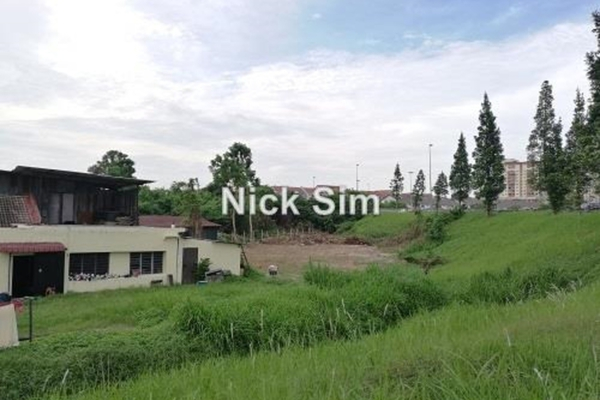 For Rent Land at Taman Sri Reko, Kajang Leasehold Unfurnished 0R/0B 5k