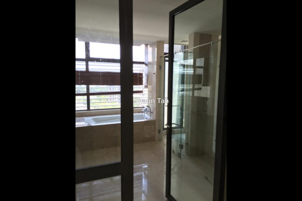 For Rent Condominium at Bangsar Peak, Bangsar Leasehold Semi Furnished 5R/6B 18k