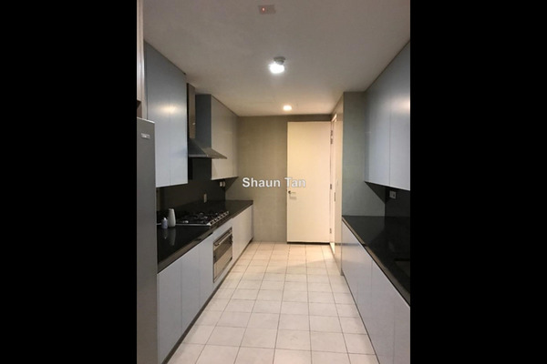 For Sale Serviced Residence at Pavilion Residences, Bukit Bintang Leasehold Semi Furnished 4R/6B 6.65m