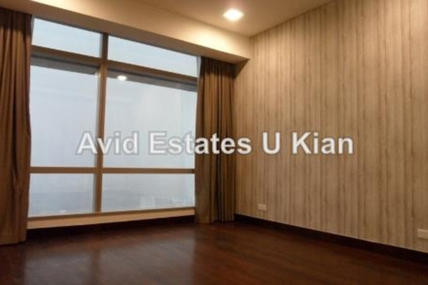 For Rent Serviced Residence at Banyan Tree, KLCC Leasehold Semi Furnished 1R/2B 6.5k