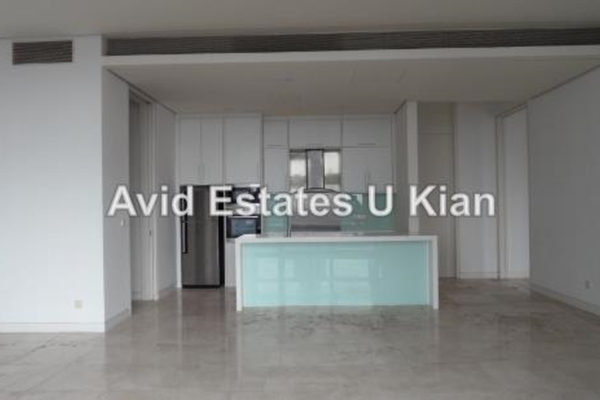 For Sale Condominium at The Troika, KLCC Leasehold Semi Furnished 4R/6B 12.2m
