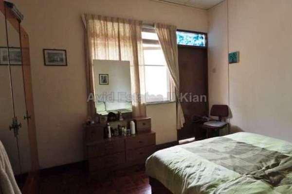 For Sale Terrace at Jalan Desa Utama, Taman Desa Freehold Semi Furnished 3R/3B 1.2m