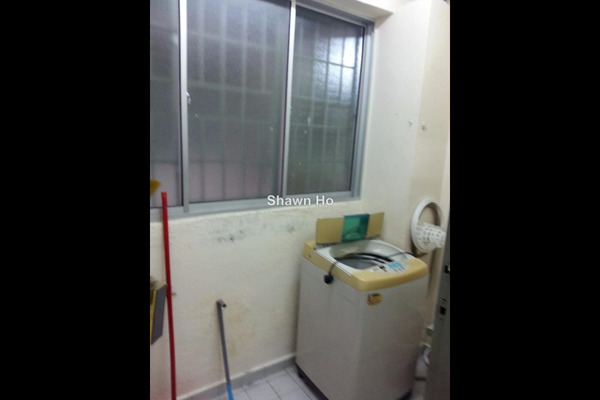 For Rent Apartment at Aman Satu, Kepong Leasehold Semi Furnished 3R/2B 1.2k