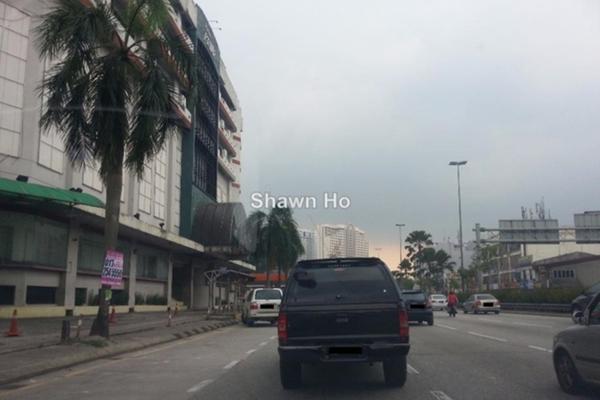 For Rent Shop at 3rd Mile Square, Old Klang Road Leasehold Unfurnished 0R/4B 10k
