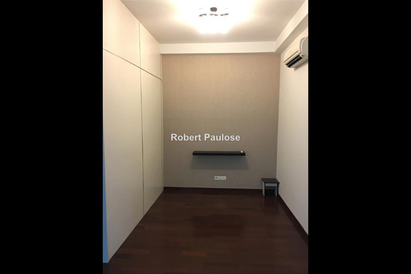 For Rent Condominium at Subang Olives, Subang Jaya Leasehold Semi Furnished 2R/2B 3k