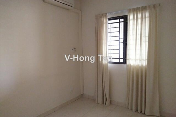 For Sale Condominium at Casa Indah 1, Tropicana Leasehold Semi Furnished 3R/3B 780k