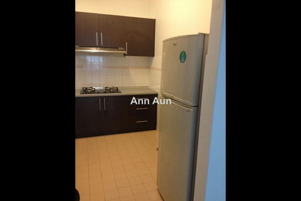 For Rent Apartment at D'Kiara Apartment, Pusat Bandar Puchong Leasehold Semi Furnished 3R/2B 1.2k