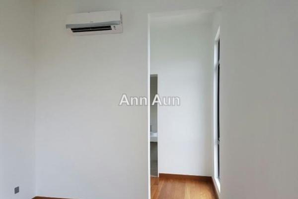 For Sale Condominium at Puteri Hills, Bandar Puteri Puchong Leasehold Semi Furnished 4R/4B 1.08m