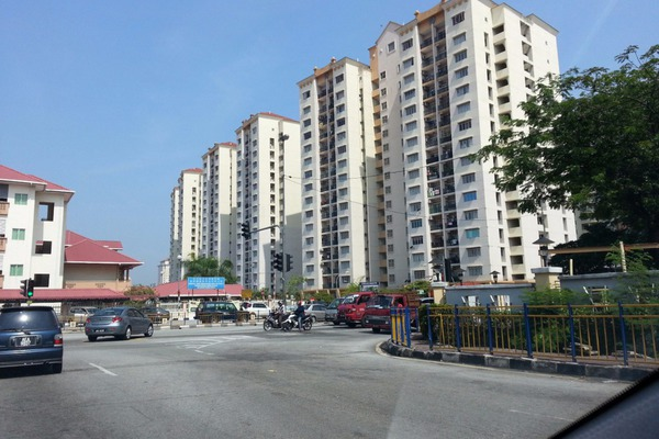 For Rent Condominium at Pandan Mewah, Pandan Indah Leasehold Semi Furnished 3R/2B 1.2k