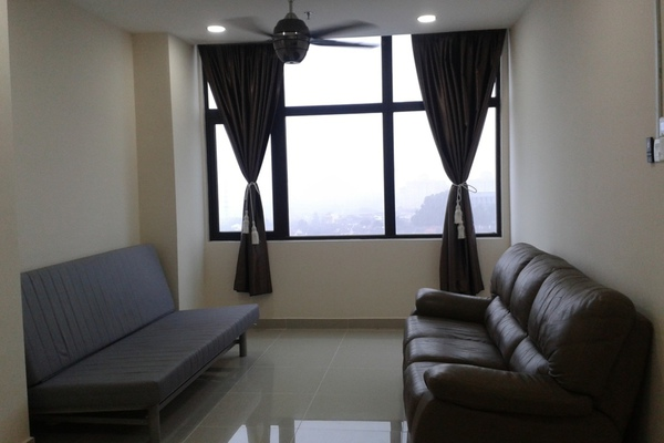 For Rent SoHo/Studio at Emerald Avenue, Selayang Freehold Fully Furnished 1R/1B 1.3k