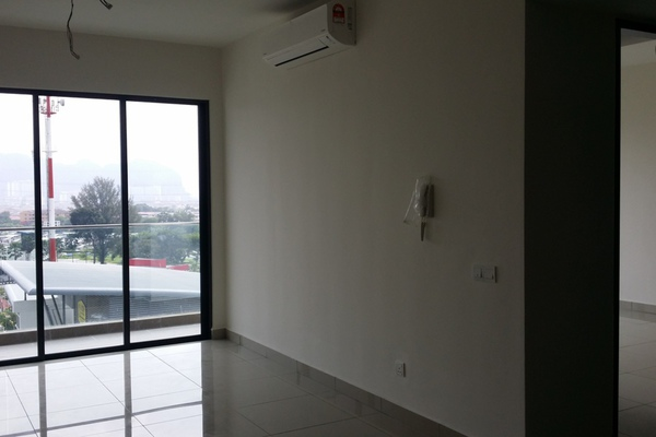 For Sale Condominium at Selayang 18, Selayang Leasehold Semi Furnished 3R/2B 610k