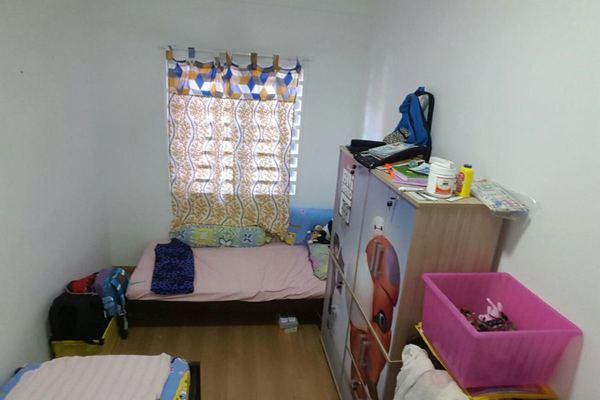 For Sale Condominium at Precinct 11, Putrajaya Freehold Semi Furnished 3R/2B 480k